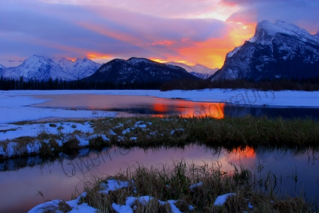 mt-rundle-sunrise.jpg