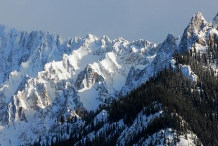 mountain-peaks.jpg