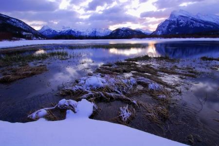 vermillion-lakes-mt-rundle.jpg